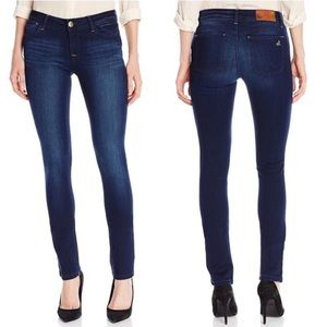 DL1961 Grace High Rise Straight Moscow Jean